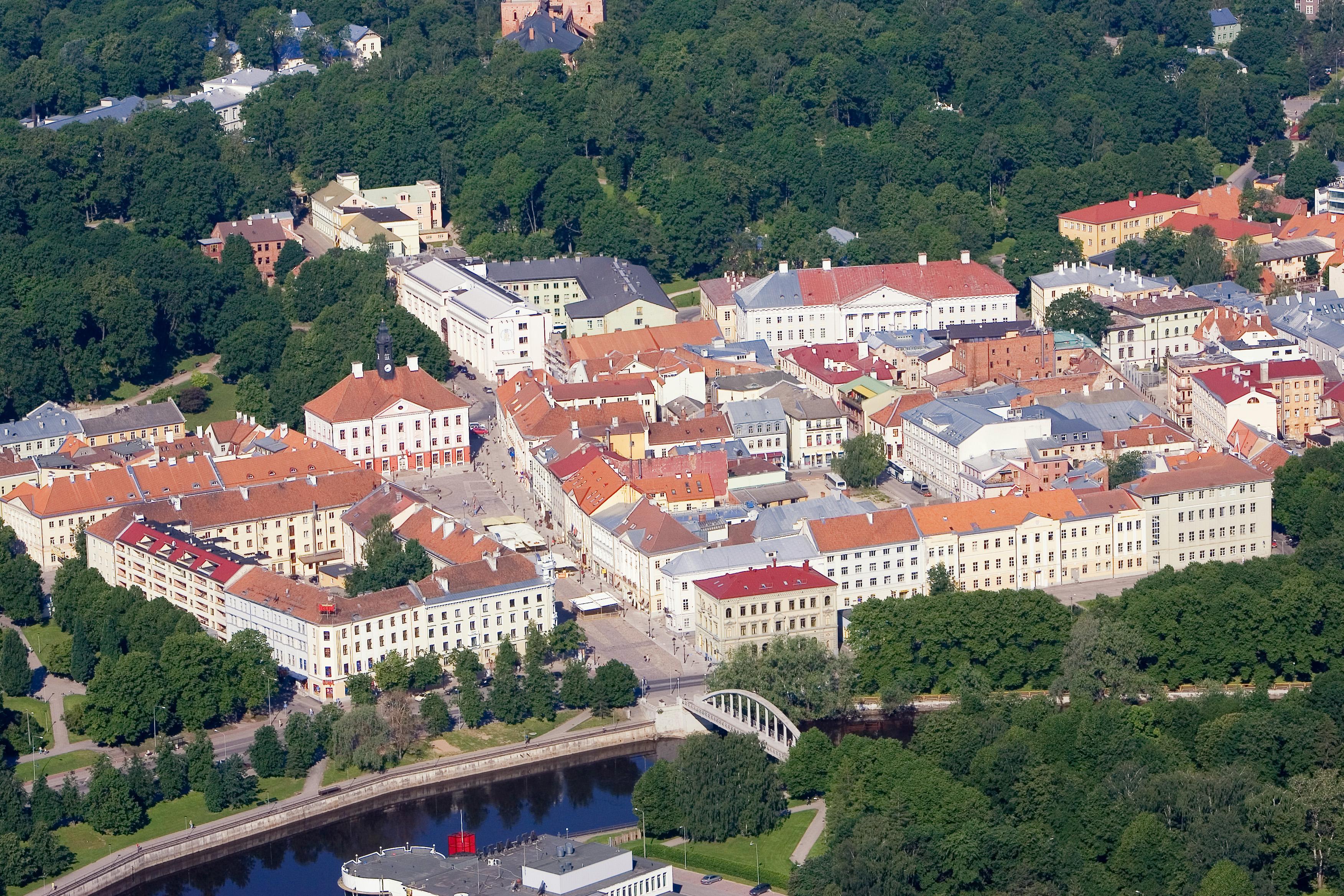 Tartu old town. Photo by Ove Maidla